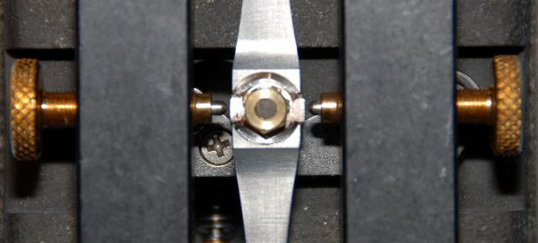 DJ6UX's Begali HST key, contact modification, click to enlarge picture.