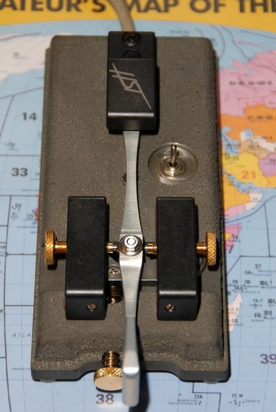 DJ6UX's Begali HST key, top view, click to enlarge picture.